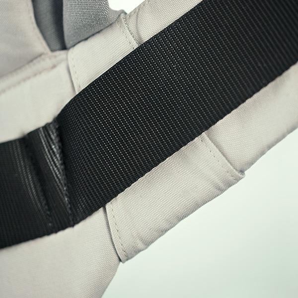 Manduca XT Features - Adjustable Seat Width